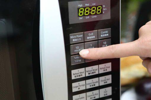 Lò vi sóng Panasonic PALM-NN-GT353MYUE 23 lít 6